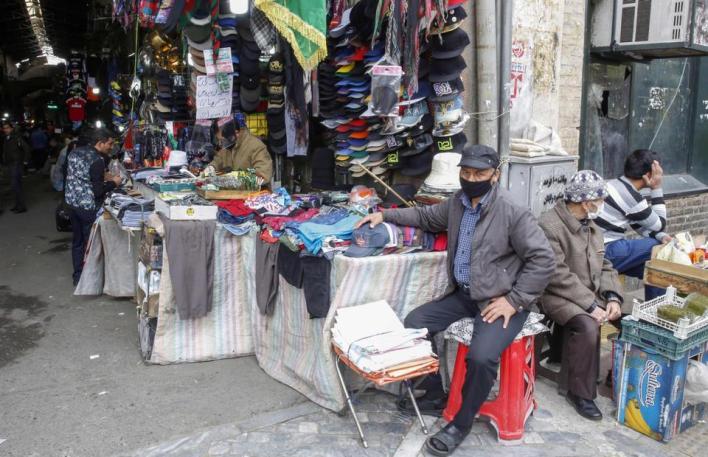 معهد الإحصاء الحكومي في تونس أعلن بدوره ارتفاع معدلعدد العاطلينعن العمل إلى 18% خلال الربع الثاني من العام الجاري