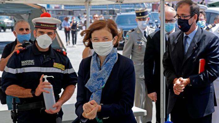 كانت الوزيرة قالت بمارس/آذار الماضي، إن جميع العسكريين الذين كانوا على متن رحلة الإجلاء