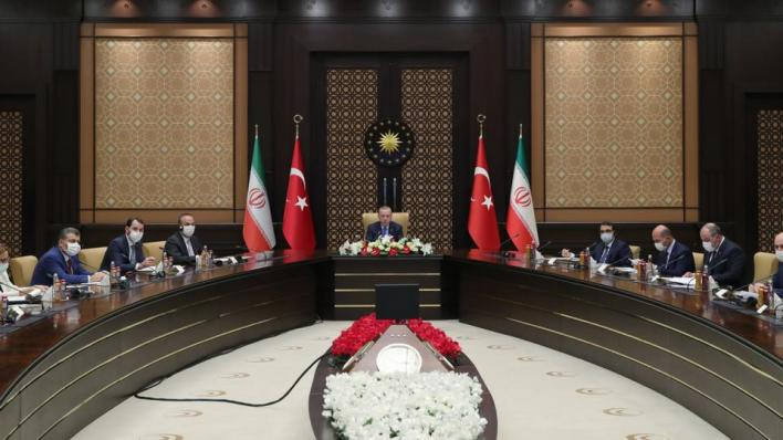 عُقِد اجتماع مجلس التعاون التركي-الإيراني رفيع المستوى عبر تقنية الفيديو كونفرنس برئاسة الرئيسين رجب طيب أردوغان وحسن روحاني