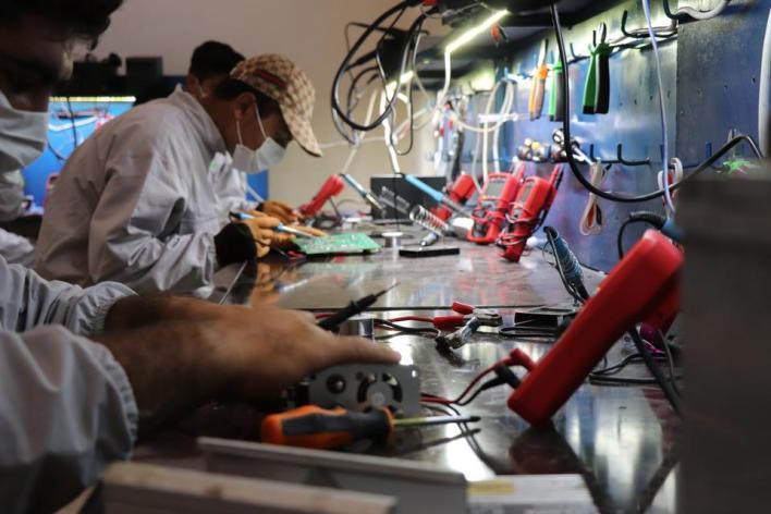 التدريب على الصيانة ضمن مشروع المعهد المهني