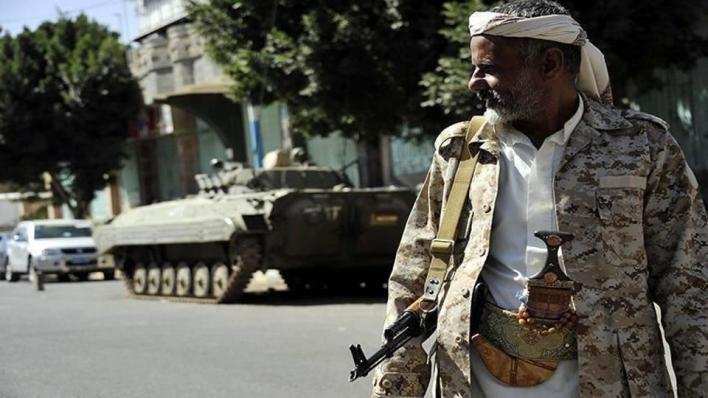 8907746 854 481 4 2 - قوات مدعومة إماراتياً تطلق النار لتفريق محتجين باليمن