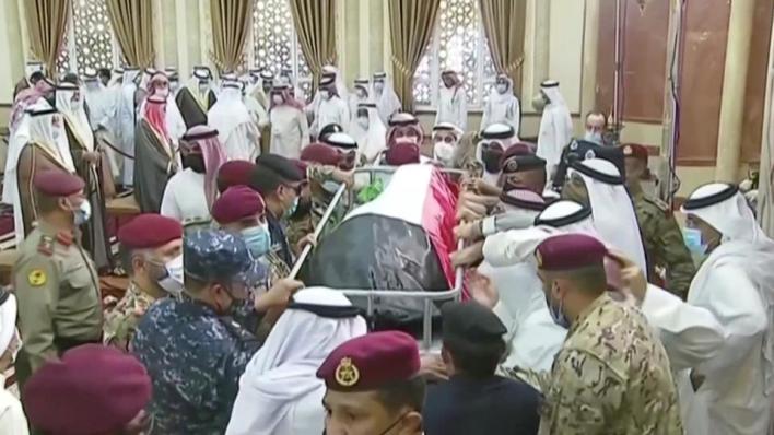صلاة الجنازة على جثمان الأمير الراحل أقيمت بمسجد بلال بن رباح بمحافظة حولي