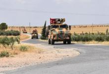 """صورة بسبب خلافات غامضة مع الروس.. الجيش التركي يسيِّر دورية منفردة على طريق الـ""""M4″ في إدلب"""