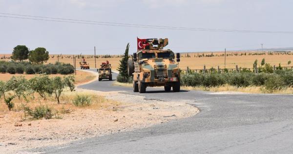 """dwry trky 0 - بسبب خلافات غامضة مع الروس.. الجيش التركي يسيِّر دورية منفردة على طريق الـ""""M4"""" في إدلب"""