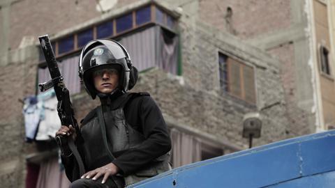 """1601801956 9099508 5702 3211 10 628 - تنفيذ """"إعدامات بالجملة"""" بحق 15 معتقلاً سياسياً في مصر"""