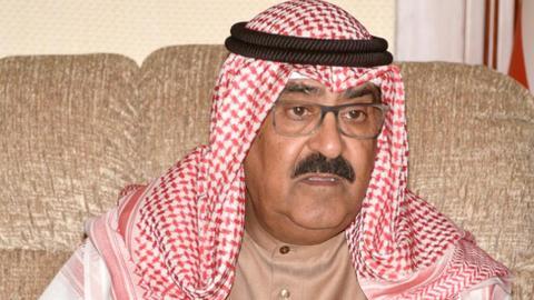 1602071384 9148363 977 550 33 19 - بعد تزكيته لولاية العهد في الكويت.. تَعرَّف سيرة مشعل الأحمد الصباح