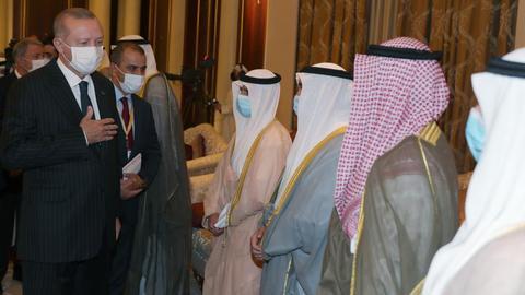 1602071742 9148811 949 534 0 0 - خلال زيارة رسمية.. أردوغان يعزّي أمير الكويت في وفاة سلفه