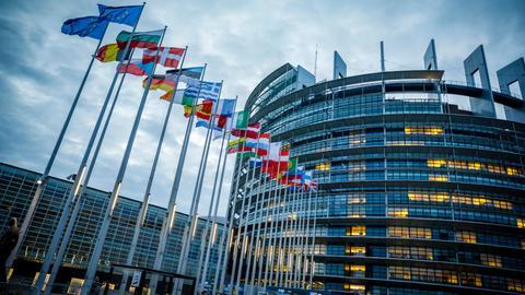 1602221257 8520733 6652 3746 33 537 - البرلمان الأوروبي يطالب بفرض عقوبات على سعوديين ضالعين في مقتل خاشقجي