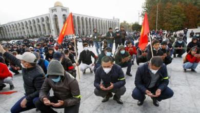 صورة مع استمرار الاضطرابات.. برلمان قرغيزستان يجتمع لبحث تشكيل حكومة جديدة