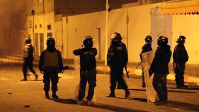 صورة احتجاجات في تونس إثر مصرع مواطن تحت أنقاض بناء هدمته السلطات