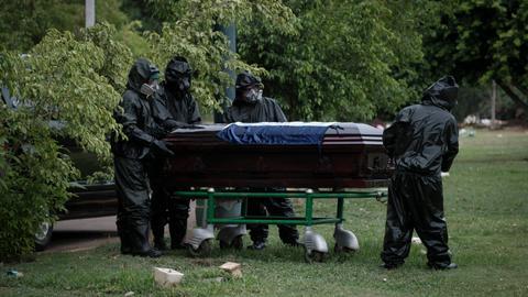"""1602699843 8069217 5638 3175 28 310 - """"الصحة العالمية"""" تحذّر من زيادة عدد وفيات كورونا مجدداً"""