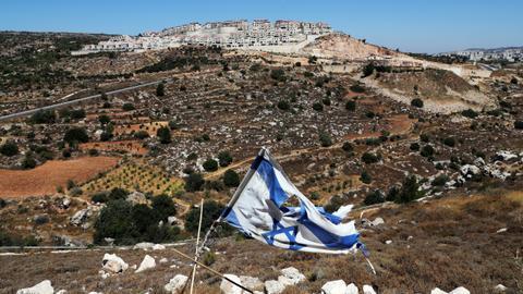 1602842654 8631637 5247 2955 39 436 - لم تثنِها حفلات التطبيع.. إسرائيل ماضية في الاستيطان وضم الأراضي الفلسطينية