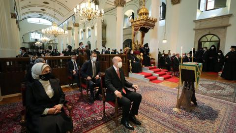 1603376745 9326609 1187 668 11 66 - أردوغان يشارك بتشييع جنازة برلماني تركي من أصل أرميني