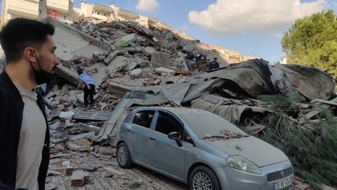 1604062383 9402223 1584 892 7 153 - زلزال بقوة 6.6 درجة يهز ساحل تركيا على بحر إيجه