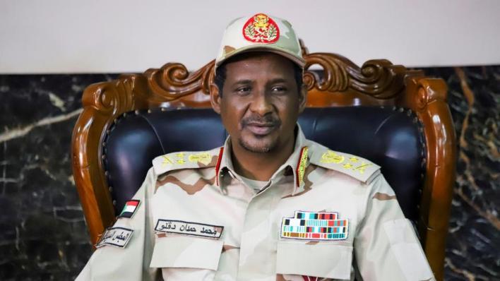 أعلن حميدتي أنه تلقى وعداً برفع اسم السودان من قائمة الدول الراعية للإرهاب في أقرب وقت