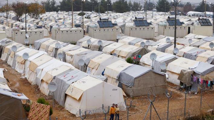 نائب وزير الخارجية التركي يقول إن عودة اللاجئين السوريين بشكل آمن وطوعي إلى بلاهم تتصدر أجندة تركيا