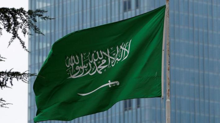 أحجمت السعودية عن تكرار دعوات أطلقتها دول إسلامية أخرى لاتخاذ إجراءات ضد نشر الرسوم في فرنسا أو دعم حملات مقاطعة المنتجات الفرنسية