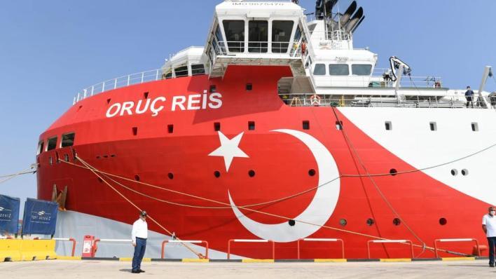 8981115 1584 892 8 86 - تركيا.. تمديد مهام سفينة أوروتش رئيس للتنقيب شرق المتوسط