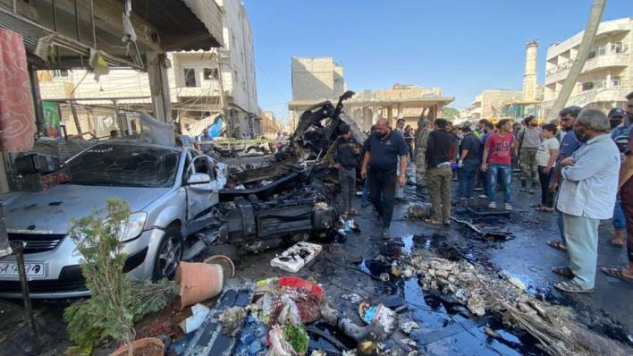 شاحنة مفخخة انفجرت وسط مدينة الباب