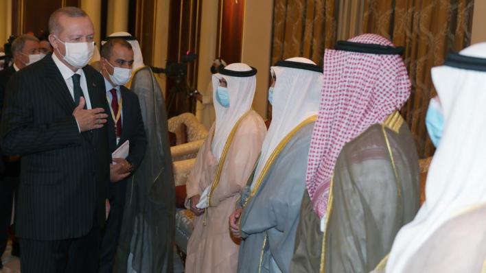 أردوغان يصل إلى الكويت ويلتقي الأمير الجديد