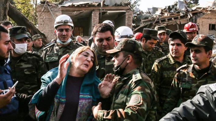 9193949 5132 2890 25 4 - حصيلة قتلى الاعتداءات الأرمينية تبلغ 61 وأذربيجان تواصل الهجوم المضاد