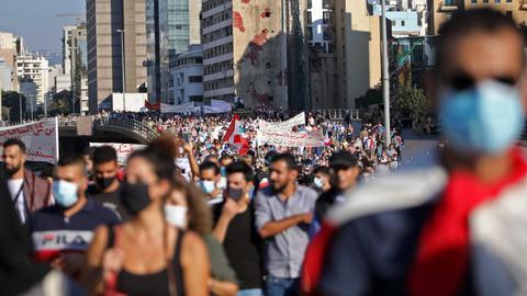 9273390 2991 1684 2 361 - عام على احتجاجات لبنان المطلبية.. ما جرى وماذا تغير؟