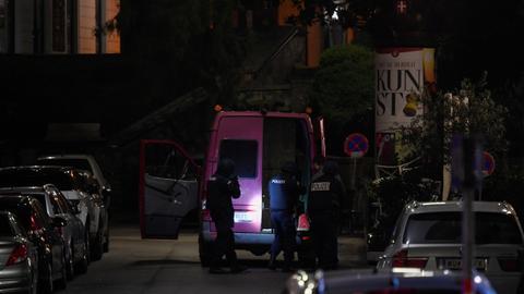 1604384122 9439630 5427 3056 54 4 - مقتل 3 مدنيين ومنفّذ الهجوم في أحداث فيينا