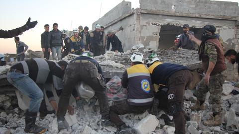 1604488844 3765817 5132 2890 25 282 - مقتل 7 مدنيين بقصف للنظام السوري على إدلب