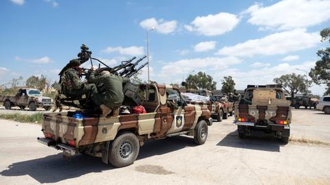 1605211690 3102294 3464 1951 27 311 - فتح طريق رئيسي في ليبيا بموجب اتفاق وقف إطلاق النار