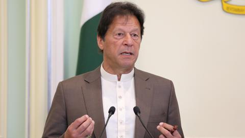 1605276367 9533365 5454 3071 5 105 - رئيس وزراء باكستان: تعرضنا لضغوط لنعترف بإسرائيل