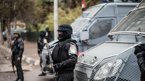 """1605992630 9595314 5559 3131 56 31 - الاتحاد الأوروبي يعرب عن """"قلقه البالغ"""" إزاء اعتقال قيادات حقوقية في مصر"""
