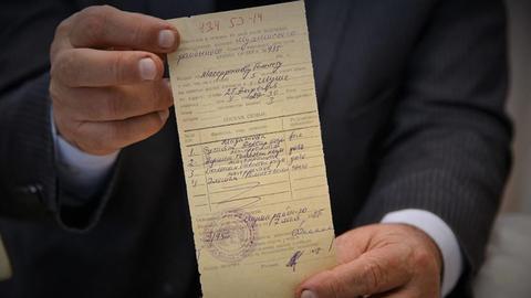 1606117054 9606437 852 480 5 2 - بعد 28 عاماً.. سكان شوشة الأذربيجانية يُخرِجون وثائق ملكياتهم