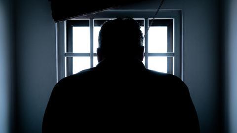 803907 1901 1070 9 104 - ما قصة المساومات والانتهاكات في السجون العراقية؟