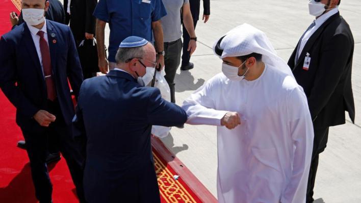 9307579 4333 2440 21 238 - يخوض سباق عَدْو.. ما مخاطر التطبيع الإماراتي-الإسرائيلي رياضياً؟