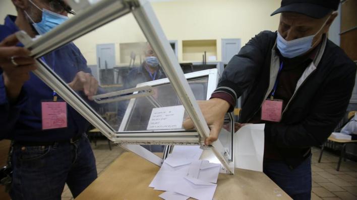 9433268 5132 2890 41 121 - بنسبة مشاركة 24%.. الجزائر تعلن الموافقة على التعديل الدستوري