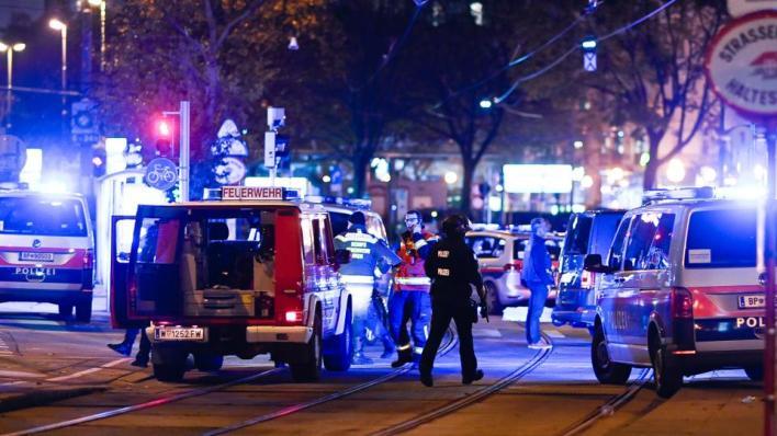 قُتل عدة أشخاص في إطلاق النار في فيينا