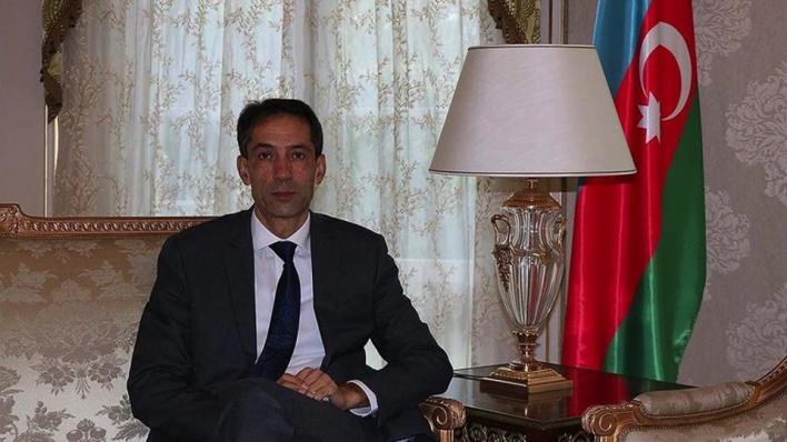 السفير الأذربيجانيفي باريس رحمان مصطفاييف