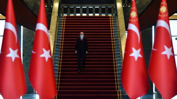 خبراء يرون أن قرارات أردوغان الأخيرة في مجال الاقتصاد خطوة إيجابية للمستثمرين الأجانب