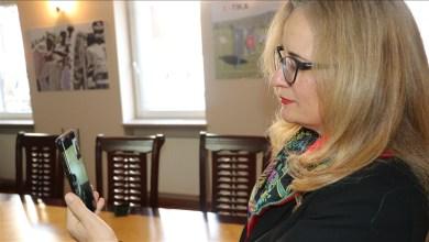 صورة جورجيا.. سفيرة تركيا تلتقي مسنة تعافت من كورونا بعمر 104 أعوام