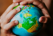 صورة معلومات مثيرة… وعادات غير مألوفة في العالم