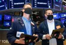 صورة 5 things to know before the stock market opens Friday