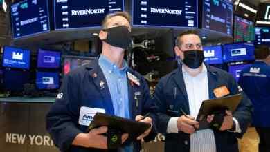 صورة 5 things to know before the stock market opens Friday