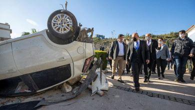 """صورة إعصار يجتاح منتجعا تركيا ويصيب 16 شخصا ووالي إزمير يقول """"أمر لا يصدق"""""""