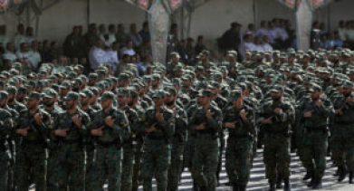 300x162 - لإلحاقهم بقوات الأسد.. ميليـ .ـشيا الحرس الثــ.ــوري تجهز عدد كبيرا من عناصرها.. إليكم التفاصيل