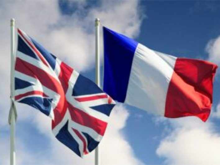 برطانيا 300x225 - فرنسا تهـ.دد باتخاذ إجراء انتـ.قامي ضـ.ـد بريطانيا في ظل الخـ.ـلاف