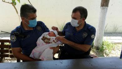 صورة فاجـ.ـعة غريـ.ـبة في ولاية تركية : العثور على طفل رضيع مرمي على الرصيف