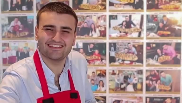 438 - الشيف بوراك يحفر حفرة في صحراء دبي والصـ.ـدمة في نهاية الفيديو(شاهد)