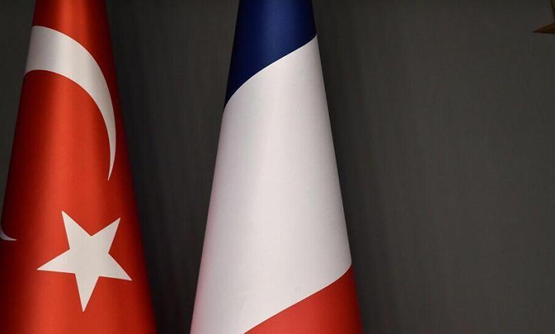 فرنسا - تركيا تعلق على لقاء ماكرون بوفـ.ــد الإدارة الذ.اتية الكـ.ــردية في باريس.. إليكم التفاصيل