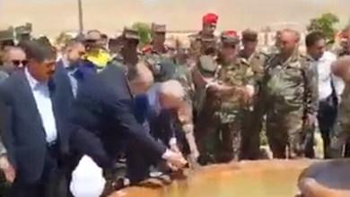 صورة بالفيديو.. حضور حـ.شد من مسؤولي وضبـ.ـاط الأسد فقط لهذا العمل البسيط وسط دمشق وسخـ.ـرية كبيرة على مواقع التواصل الاجتماعي