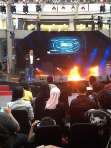 Agus Hamonangan presentasi soal Android (foto: Syaifuddin)